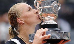 2009 Roland Garros Champion - Svetlana Kuznetsova