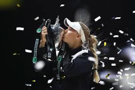 Wozniacki lifting the WTA Finals Trophy in Singapore